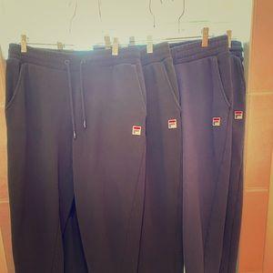 Women's Fila SweatPants, Size medium.